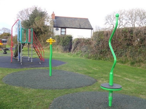 School Lane play equipment